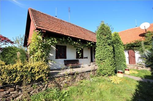 Aukce chalupy v Bohunicích nad Vltavou